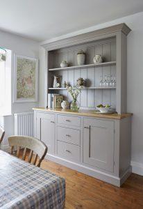 A freestanding kitchen dresser in a Barnes kitchen